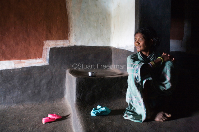 India - Orissa - Dabu Limajhi, a tribal woman in her home in Kankasarpa village,